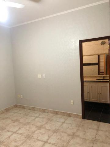 Alugar Casas / Padrão em Sertãozinho R$ 1.300,00 - Foto 17