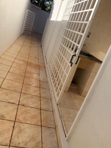 Alugar Casas / Padrão em Sertãozinho R$ 1.300,00 - Foto 25