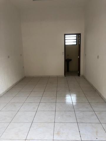 Alugar Comerciais / Salão em Sertãozinho R$ 600,00 - Foto 2