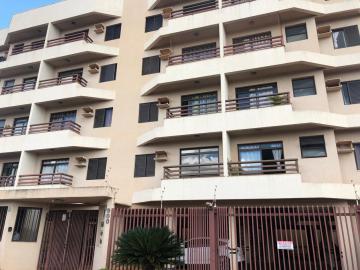 Alugar Apartamentos / Padrão em Sertãozinho. apenas R$ 700,00