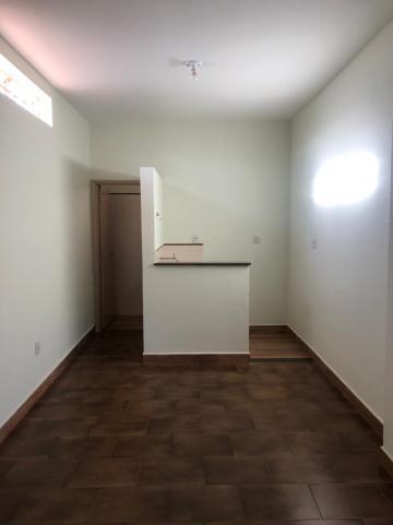 Alugar Comerciais / Salão em Sertãozinho R$ 948,00 - Foto 3