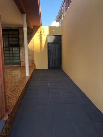 Alugar Casas / Padrão em Sertãozinho R$ 1.500,00 - Foto 5