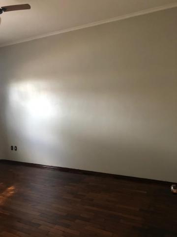Alugar Casas / Padrão em Sertãozinho R$ 1.600,00 - Foto 7