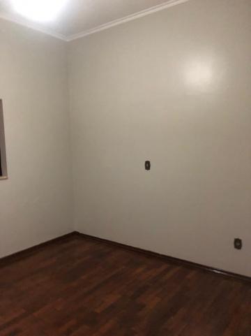 Alugar Casas / Padrão em Sertãozinho R$ 1.600,00 - Foto 15