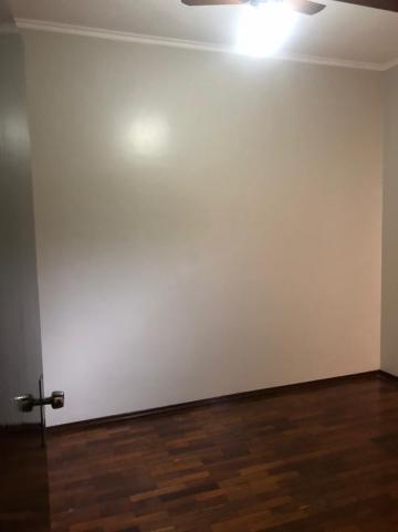 Alugar Casas / Padrão em Sertãozinho R$ 1.600,00 - Foto 16