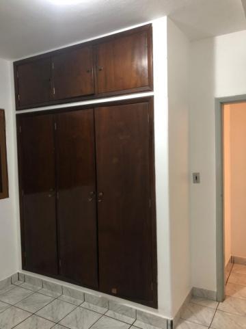 Alugar Casas / Padrão em Sertãozinho R$ 850,00 - Foto 7