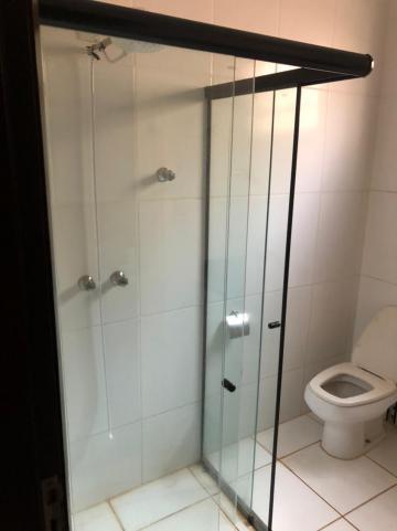 Alugar Casas / Padrão em Sertãozinho R$ 1.500,00 - Foto 17