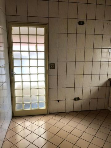 Alugar Casas / Padrão em Sertãozinho R$ 1.100,00 - Foto 6