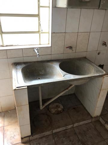 Alugar Casas / Padrão em Sertãozinho R$ 1.100,00 - Foto 17