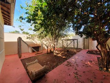 Alugar Casas / Padrão em Sertãozinho R$ 1.440,00 - Foto 3