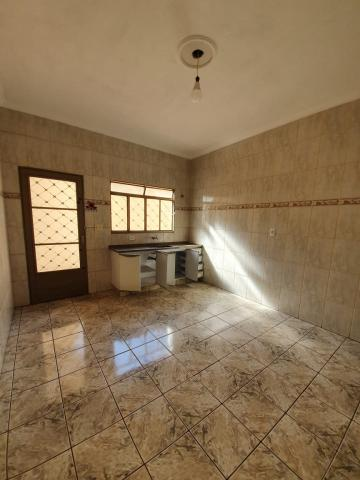 Alugar Casas / Padrão em Sertãozinho R$ 1.440,00 - Foto 12