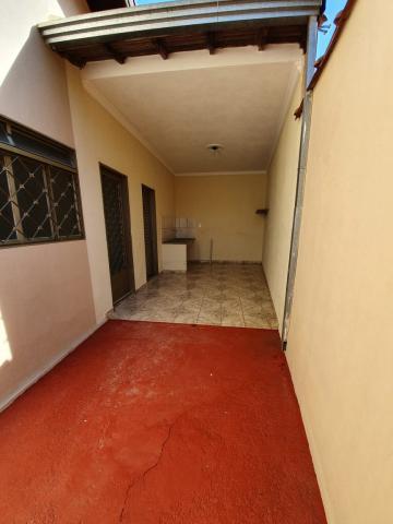 Alugar Casas / Padrão em Sertãozinho R$ 1.440,00 - Foto 13