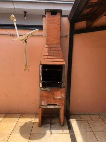 Alugar Casas / Padrão em Sertãozinho R$ 1.250,00 - Foto 5