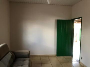 Alugar Casas / Padrão em Sertãozinho R$ 800,00 - Foto 5