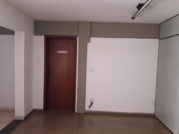 Alugar Comerciais / Barracão em Sertãozinho R$ 15.000,00 - Foto 6