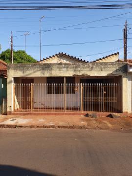 Comprar Casas / Padrão em Sertãozinho R$ 270.000,00 - Foto 2
