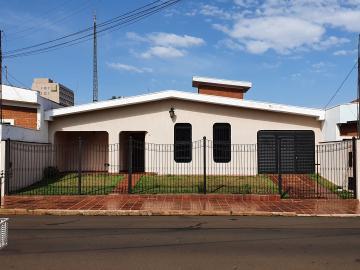 Alugar Casas / Padrão em Sertãozinho. apenas R$ 970.000,00