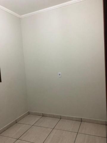 Alugar Casas / Padrão em Sertãozinho R$ 750,00 - Foto 6