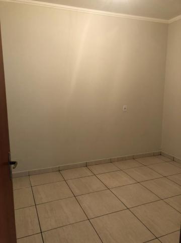 Alugar Casas / Padrão em Sertãozinho R$ 750,00 - Foto 13
