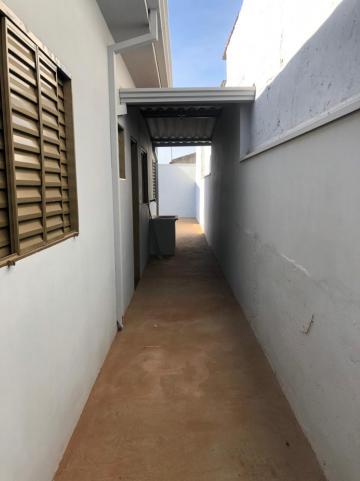 Alugar Casas / Padrão em Sertãozinho R$ 750,00 - Foto 14