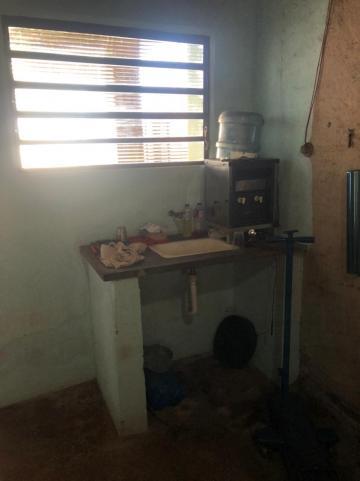 Alugar Comerciais / Barracão em Sertãozinho R$ 1.500,00 - Foto 9