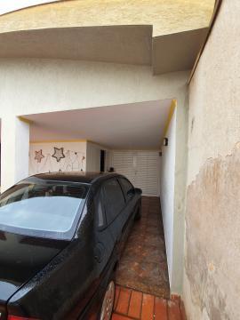 Comprar Casas / Padrão em Sertãozinho R$ 420.000,00 - Foto 2