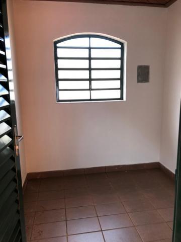 Alugar Casas / Padrão em Sertãozinho R$ 2.700,00 - Foto 32