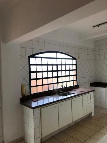 Alugar Casas / Padrão em Sertãozinho R$ 2.700,00 - Foto 11