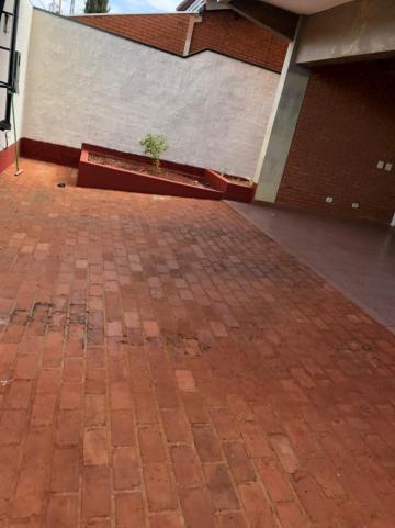 Alugar Casas / Padrão em Sertãozinho R$ 2.700,00 - Foto 2
