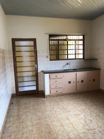 Alugar Casas / Padrão em Sertãozinho R$ 925,00 - Foto 11